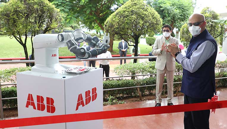 Sanjeev Sharma, Managing Director, ABB India inaugurates a new 3600 sq.m. robotics facility with ABB_s YuMi