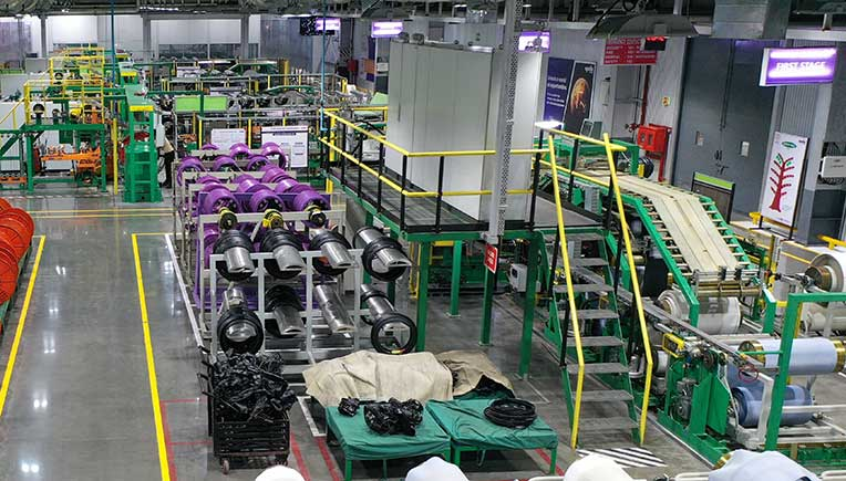 Apollo Tyres aims leadership in premium two-wheeler segment in India