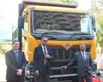 Mahindra Navistar unveils MN25 tipper