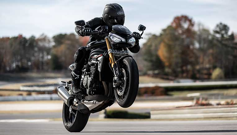 2021 Triumph Speed Triple 1200 takes performance to new level