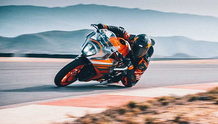 2022 KTM RC motorcycle range launched at Rs 2.08 lakh onward