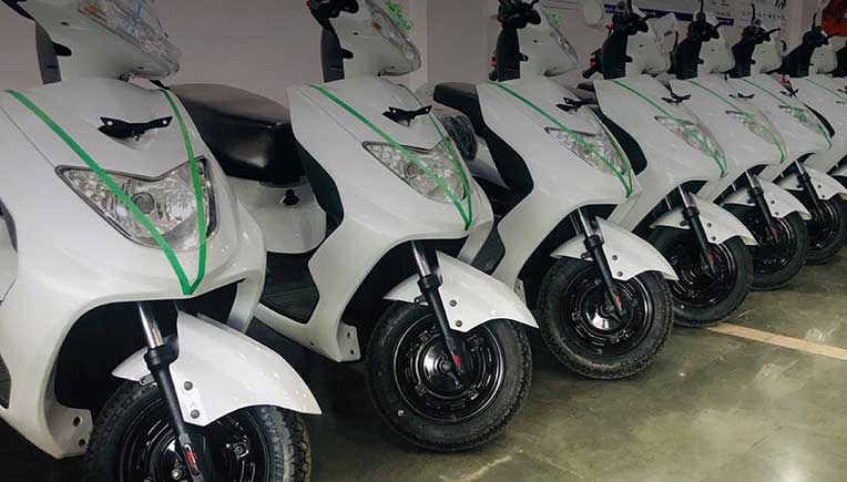 Ampere Vehicles announces price cut up to Rs. 9000 on e-scooters