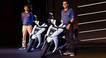 Ather Energy launches Ather 450 electric scooter for Rs 1.24 lakh