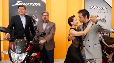 Hero MotoCorp unveils new Glamour globally in Argentina