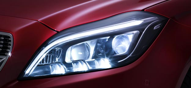 New multibeam LED headlamps in Mercedes CLS
