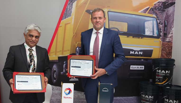 R to L - Joerg Mommertz, CMD, MAN Trucks India and Prakash Jonnalagadda, CEO and Executive Director, Total India Lubes