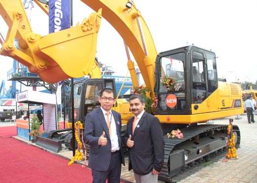 LiuGong India launches all new 921D I Excavator,  611Compactor