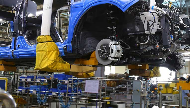 Indian auto industry stares at Rs 48,300 crore loss for 21 days closure of plants