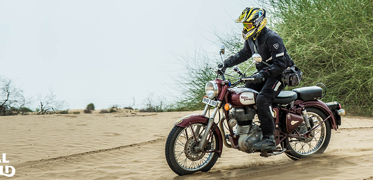Royal Enfield sells 28927 motorcycles in January 2015