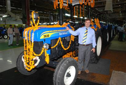 & New Hollandu0027s 150000th tractor in India