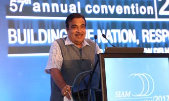 Gadkari makes the Indian auto industry the whipping boy