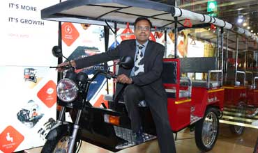 Lohia Auto displays e-rickshaws at EV Expo