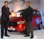 Mahindra Reva and Vodafone announce partnership