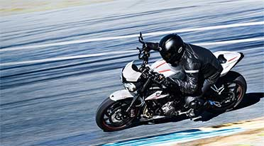 Triumph delivers 701 Street Triple motorbikes in India