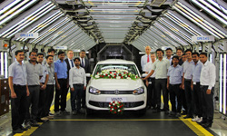 VW India exports its 50,000th car, a LHD Vento