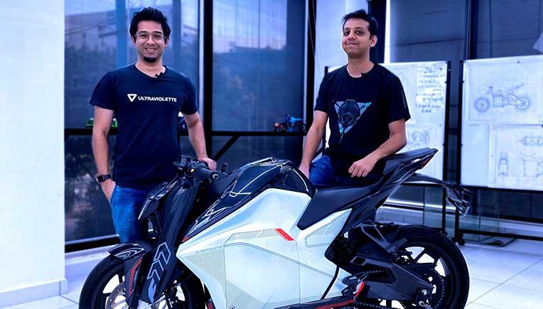 Founders-Narayan-and-Niraj-with-the-F77