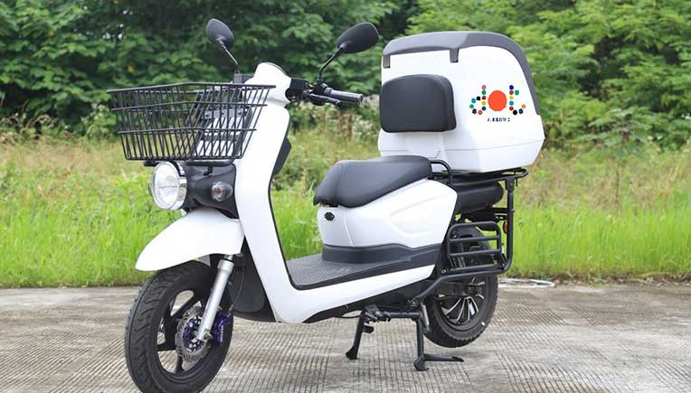 DOT forays into new towns, cities with electric 2 & 3 wheelers