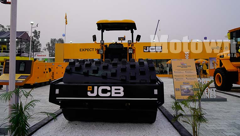 JCB to invest Rs. 650 crore in its sixth plant in India at Gujarat