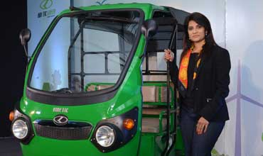 Kinetic bags order for 27,000 'Kinetic Safar' e-autos from UP Govt
