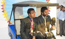 Lohia Auto unveils eco-friendly e-rickshaw Humrahi