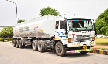 S-CCI Golden Cruiser procures new tankers & trucks from Bharat Benz