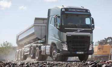 Volvo's new tandem axle lift gives better grip, lower fuel consumption
