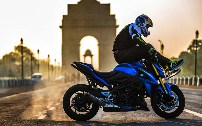 Motorcycle Stunt Riding No Pain No Gain