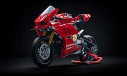 Ducati Panigale V4 R Lego toy with 646 pieces for Rs 5000 by June