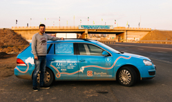 Dutchman reaches Mumbai on his electric vehicle mission