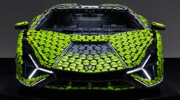 Life-size Lamborghini Sián FKP 37 created from 400,000+ Lego elements