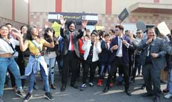 Maruti Suzuki organises a flash mob to promote seat belt usage