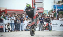 TVS Racing sets national stunt record with Moto Tycoonz on TVS Apache RTR 200