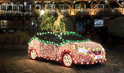 Nissan Leaf becomes sparkling Nissan Christmas Tree