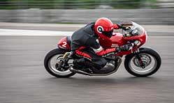 Royal Enfield to set tracks ablaze with 1st edition of Continental GT Cup