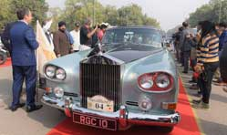Vintage cars, scooters & motorcycles parade on Delhi roads
