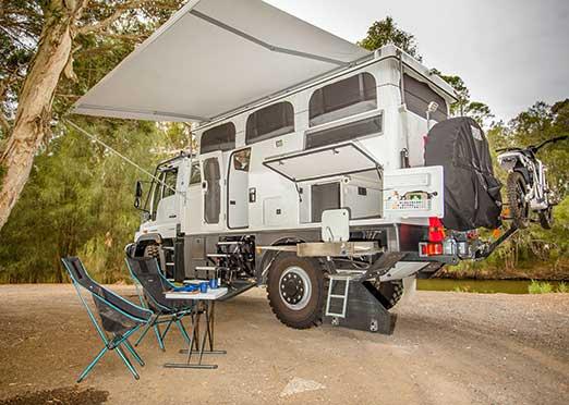 Unimog U 430 becomes an Earth Cruiser in Australia