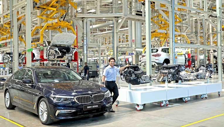 Sachin Tendulkar at the BMW plant in Chennai
