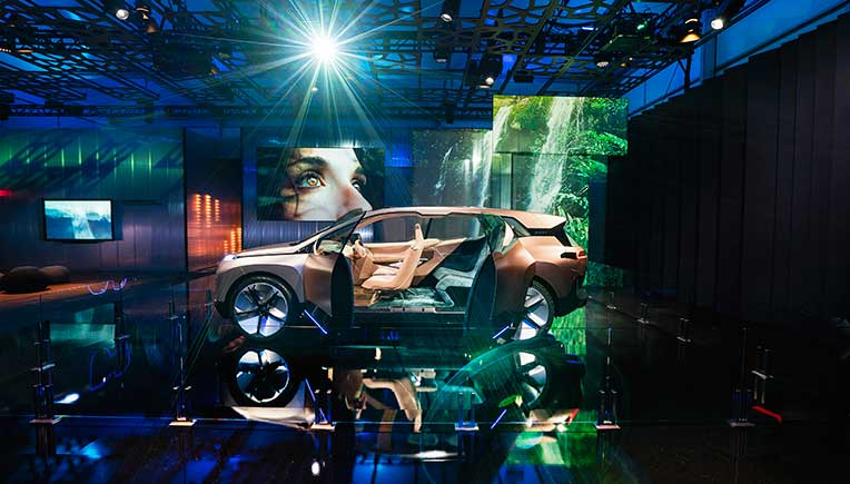 BMW Group presents vision of intelligent connectivity