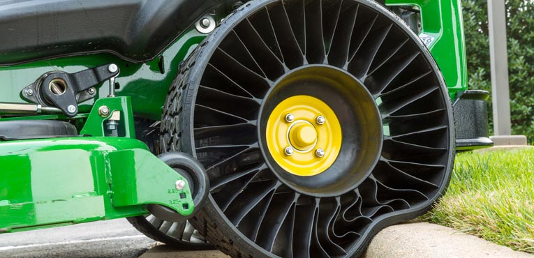 Michelin builds revolutionary airless radial tyre