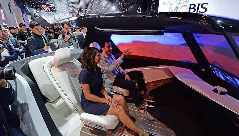 Hyundai, WayRay unveil next-generation visual technology