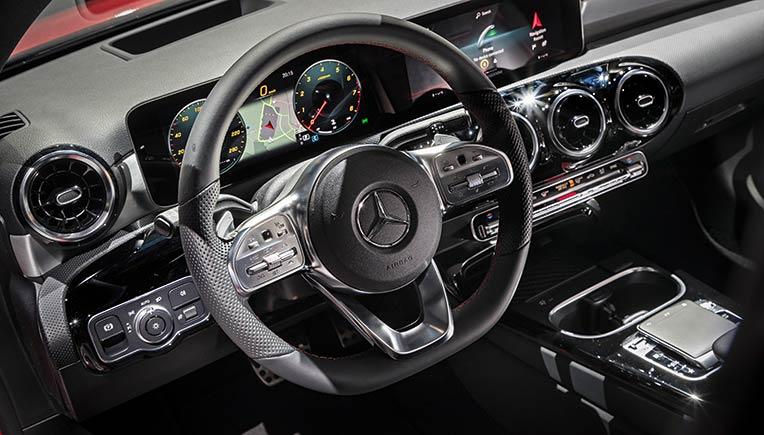 MBUX Daimler Cockpit