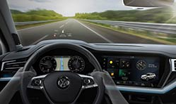 New Head-Up Display technology in the new Volkswagen Toureg