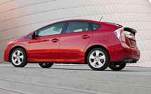 Toyota Prius, still retains hybrid leadership