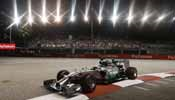 Lewis Hamilton wins in Singapore F1, Vettel is 2nd